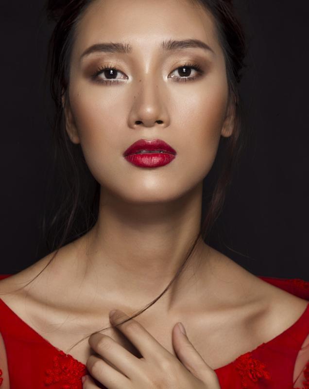 Trang Khiếu makeup classic