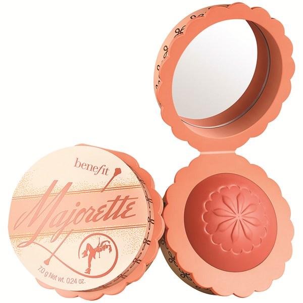 Màu má Benefit Majorette: cho làn da hồng hào mà không cần mất sức